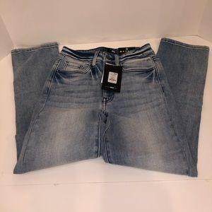 Fashion Nova Lets get away ankle jeans Lt blue NWT